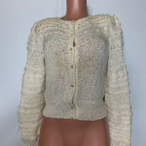 Carlisle fussy pearls sweater vintage white size M